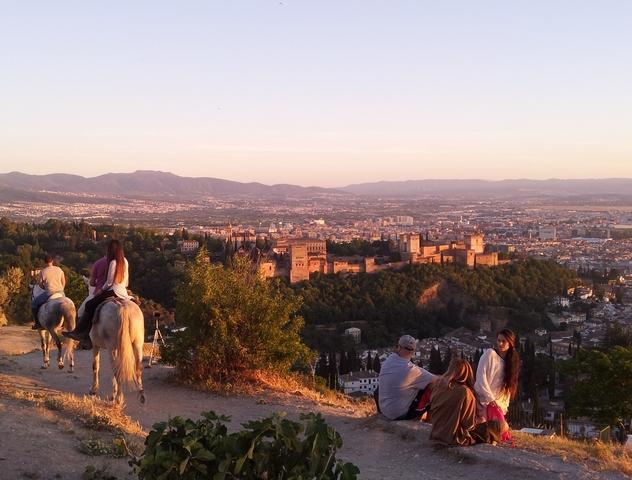 L'Alhambra-Mirador-S.-Miguel-alto