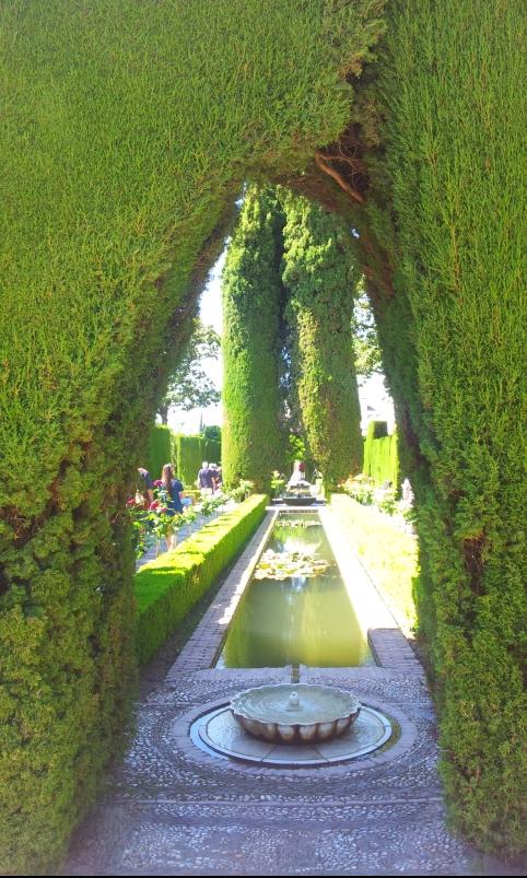 Giardini-Generalife-Alhambra- Granada-