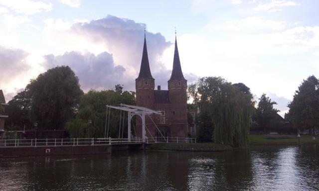 porta-orienatle-Delft-oostpoort-view